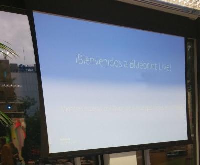 Pantalla de bienvenida al evento BlueprintLive de Facebook